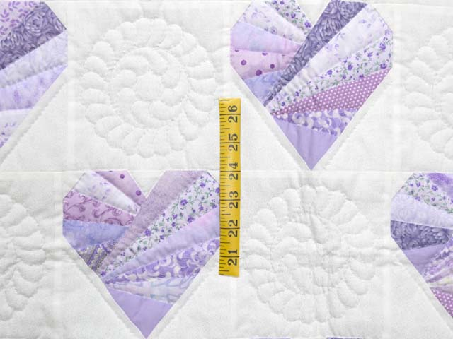 Lavender and Cream Patchwork Hearts Quilt Photo 3