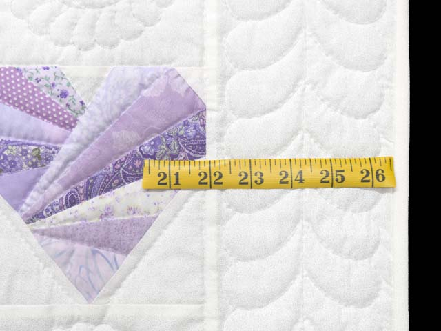 Lavender and Cream Patchwork Hearts Quilt Photo 6