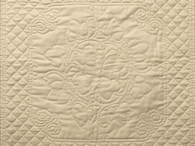 Tan All Quilted Grape Leaves Mini Quilt Photo 2