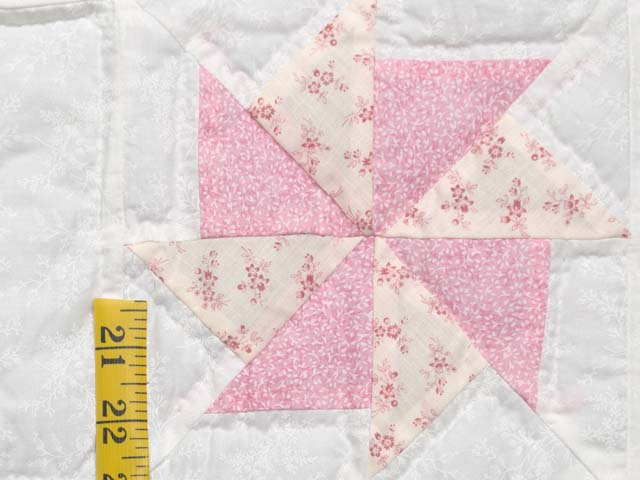 Pastel Yellow and Multicolor Pinwheels Crib Quilt Photo 5