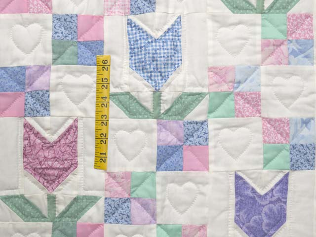 Pastel Patchwork Tulips Crib Quilt Photo 3