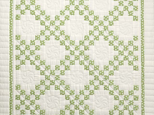 Green Dot Irish Chain Crib Quilt Photo 2