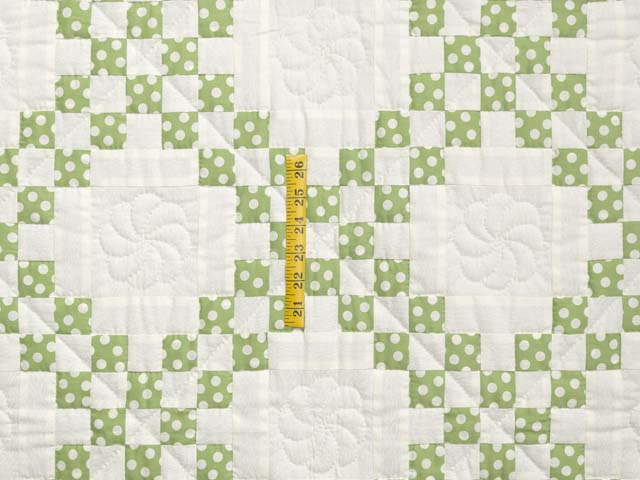 Green Dot Irish Chain Crib Quilt Photo 3