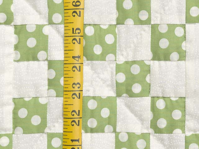 Green Dot Irish Chain Crib Quilt Photo 4