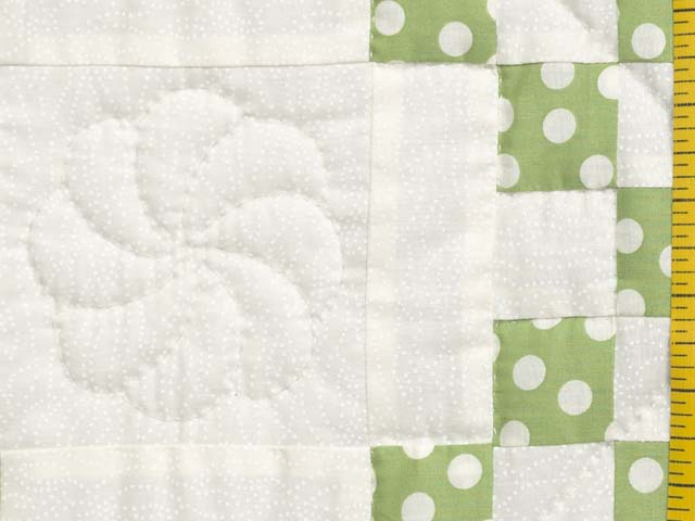 Green Dot Irish Chain Crib Quilt Photo 5