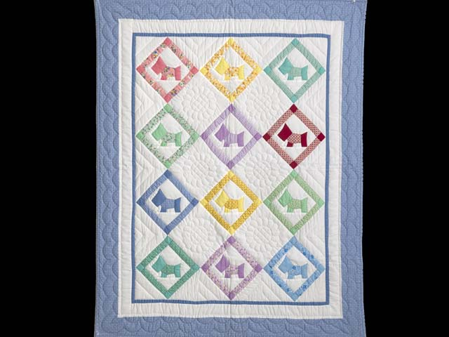 Blue and Pastels Scotties Crib Quilt Photo 1