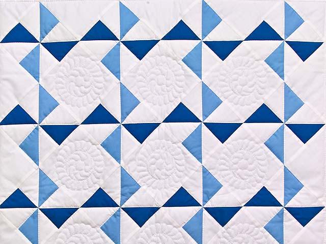 Navy Blue and Cream Pinwheels Crib Quilt Photo 2