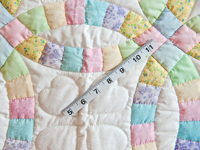 Pastel and Cream Wedding Ring Crib Quilt Photo 3