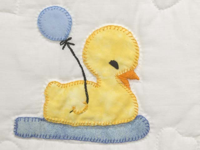 Yellow and Cream Lucky Ducks Crib Quilt Photo 4