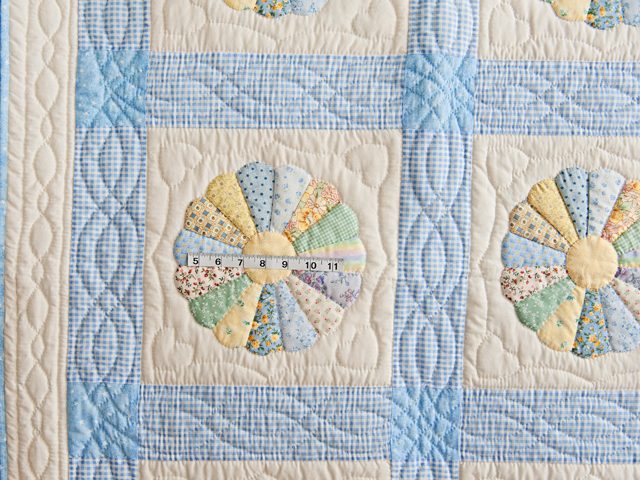Pastel Blue Dresden Plate Crib Quilt Photo 3