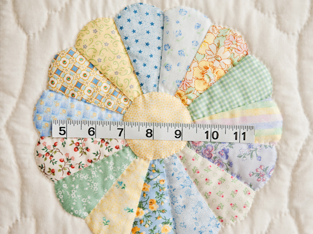 Pastel Blue Dresden Plate Crib Quilt Photo 4