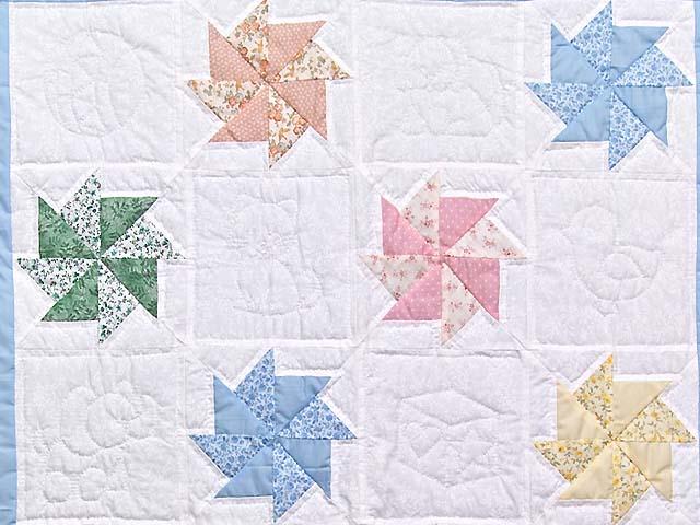 Multicolor Pastel Pinwheels Crib Quilt Photo 2