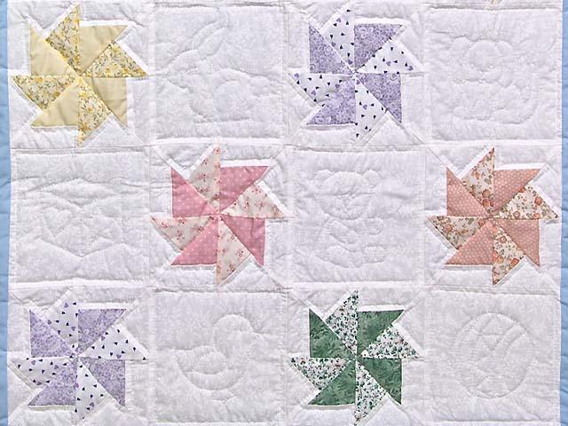 Multicolor Pastel Pinwheels Crib Quilt Photo 3