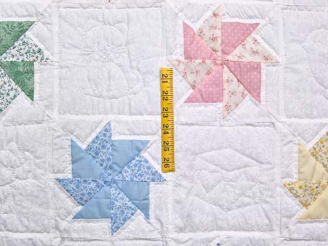 Multicolor Pastel Pinwheels Crib Quilt Photo 4