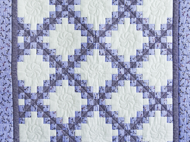 Lavender Dragonfly Irish Chain Crib Quilt Photo 2