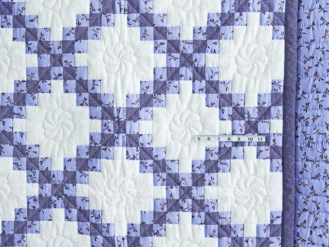 Lavender Dragonfly Irish Chain Crib Quilt Photo 3