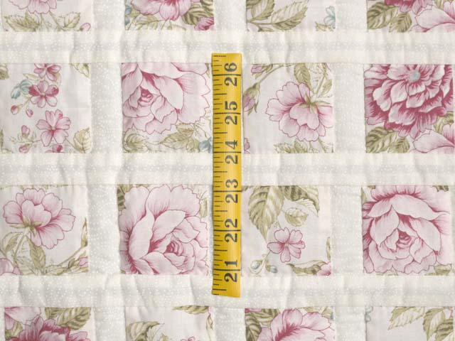 Rose Floral Delight Crib Quilt Photo 3