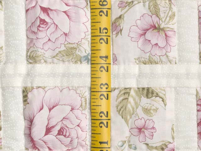 Rose Floral Delight Crib Quilt Photo 4