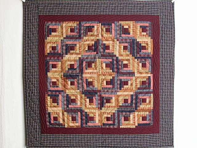 Plaid Mini Log Cabin Wall Hanging Photo 1