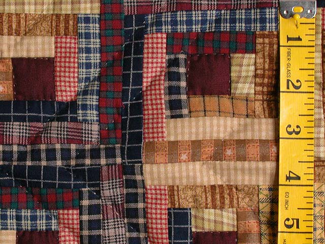 Plaid Mini Log Cabin Wall Hanging Photo 4