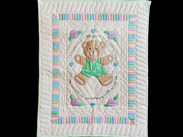Embroidered Teddy Bear Crib Quilt Photo 1