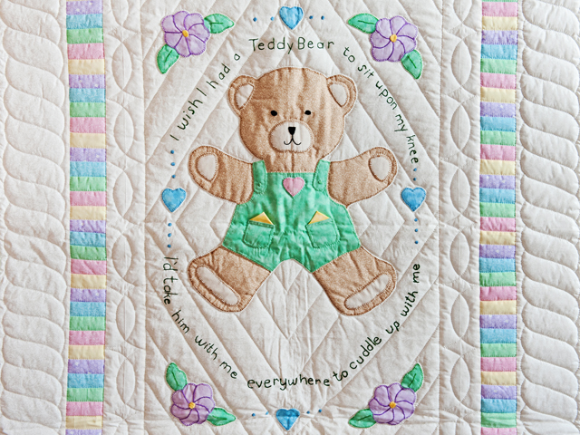 Embroidered Teddy Bear Crib Quilt Photo 2