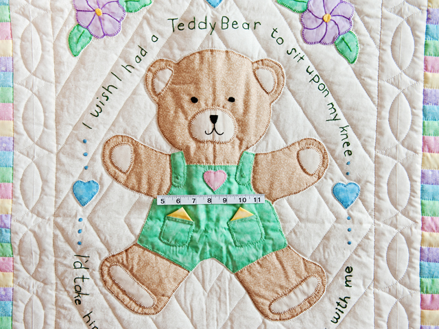 Embroidered Teddy Bear Crib Quilt Photo 5