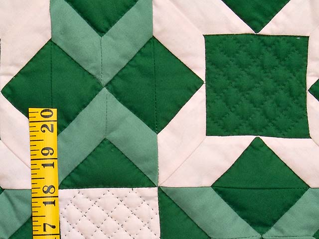 Indiana Amish Green and Cream Metathesis Quilt Photo 4