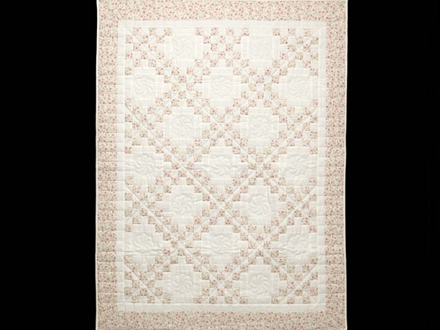 Dusty Rose and Cream Irish Chain Crib Quilt Photo 1