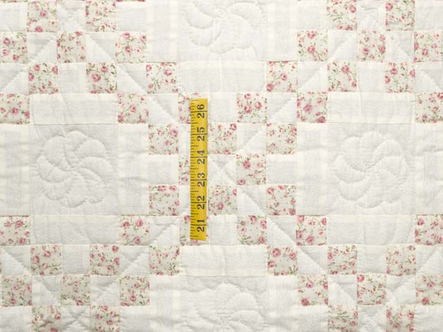 Dusty Rose and Cream Irish Chain Crib Quilt Photo 3
