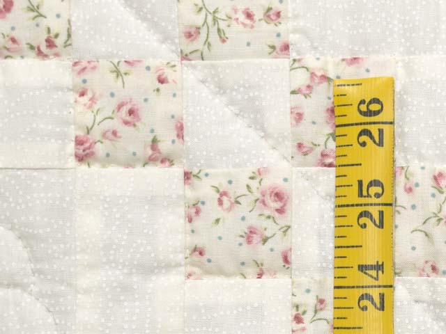 Dusty Rose and Cream Irish Chain Crib Quilt Photo 4