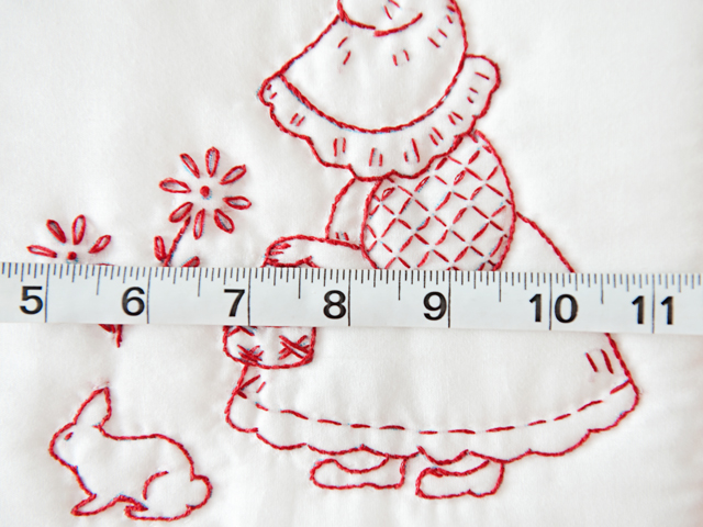 Embroidered Redwork Crib Quilt Photo 4