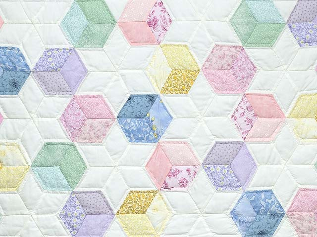 Green and Pastels Tumbling Blocks Crib Quilt Photo 2