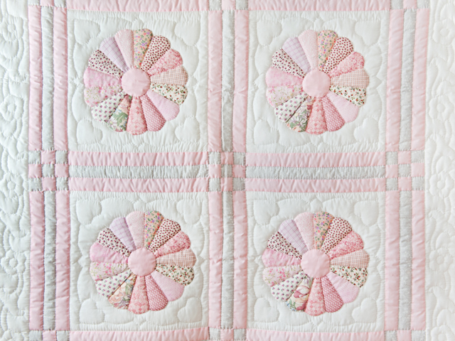 Soft Pink and Gray Dresden Plate Crib Quilt Photo 2