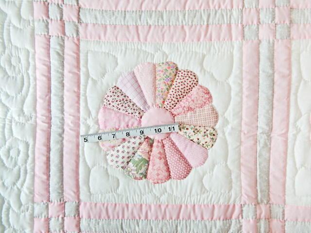 Soft Pink and Gray Dresden Plate Crib Quilt Photo 5