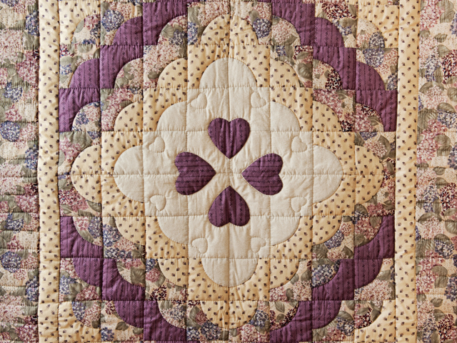 Plum Ocean Wave And Hearts Quilt Photo 2