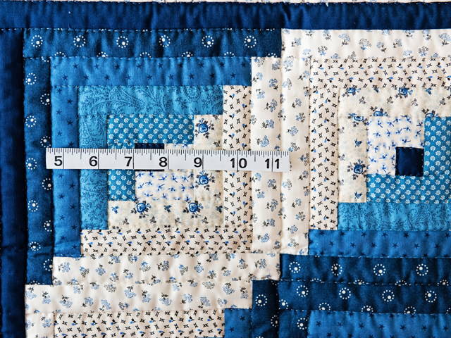 Navy Log Cabin Crib Quilt Photo 3