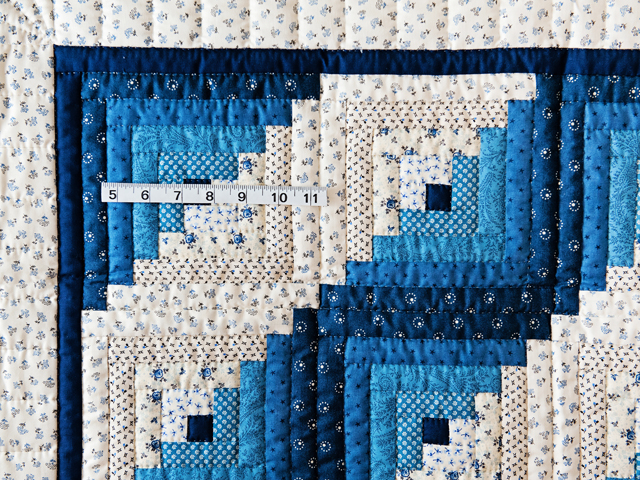 Navy Log Cabin Crib Quilt Photo 5