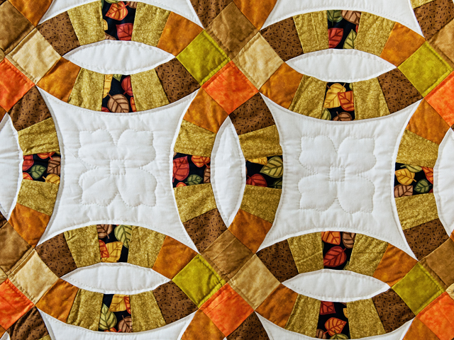 Autumn Colors Wedding Ring Quilt Photo 2