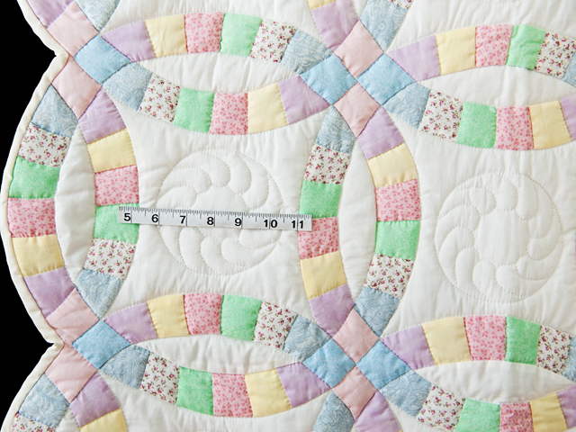 Pastel and White Wedding Ring Crib Quilt Photo 3