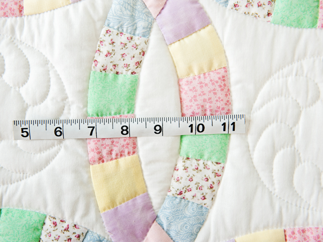 Pastel and White Wedding Ring Crib Quilt Photo 5