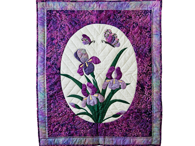 Lavender Purple Iris Appliqué Wall Hanging Photo 1