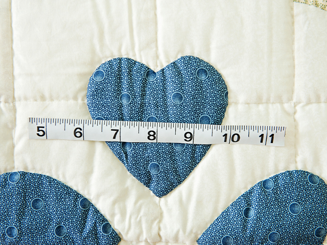 Blue & Cream Ocean Wave And Hearts Quilt Photo 4