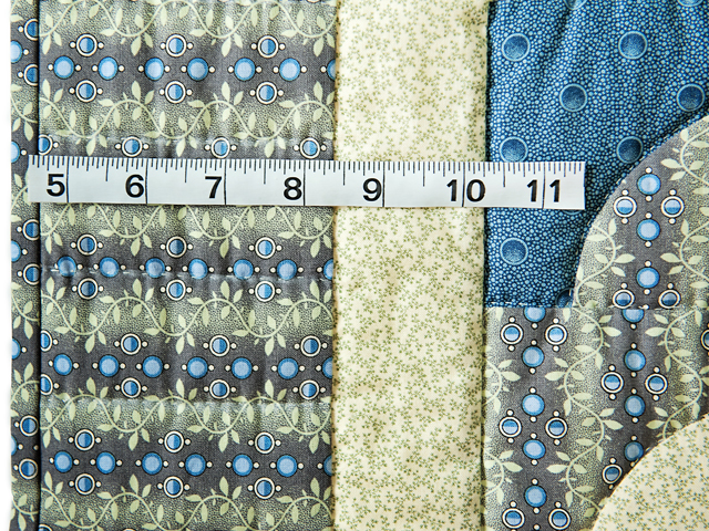 Blue & Cream Ocean Wave And Hearts Quilt Photo 5