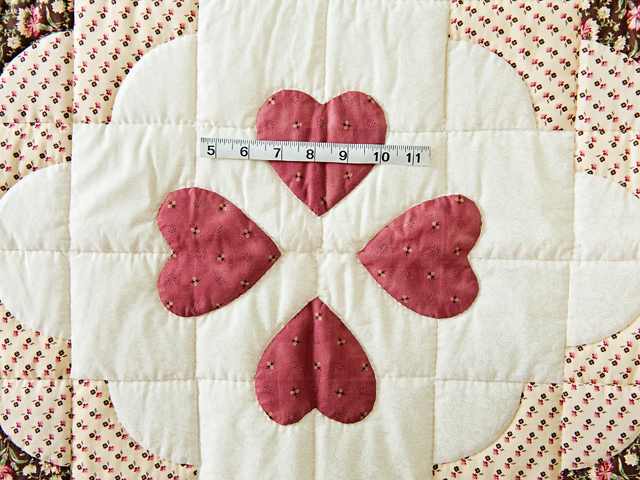 Rose, Brown & Cream Ocean Wave And Hearts Quilt Photo 3