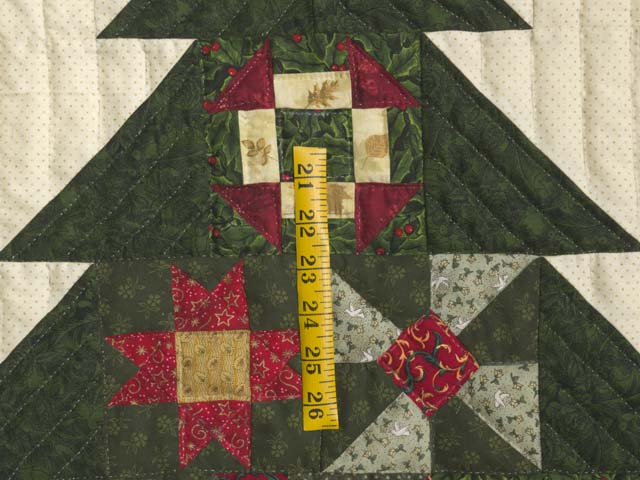 Patchwork Sampler Christmas Tree Wall Hanging Photo 3