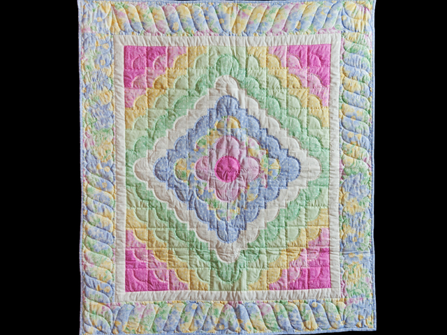 Ocean Wave Pastels Crib Quilt Photo 1