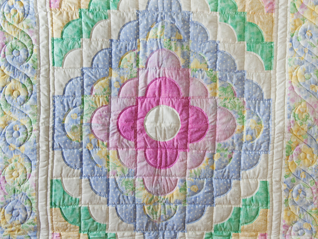 Ocean Wave Pastels Crib Quilt Photo 2