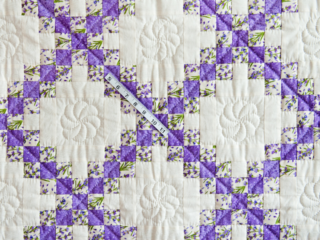 Floral Lavender and Cream Irish Chain Quilt Photo 5