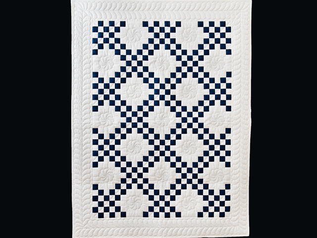 Navy and White Irish Chain Quilt Photo 1